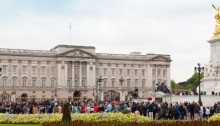 How to explore the royal attractions in London?